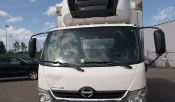 2017 Hino 195 Hino 195 with 18′ Reefer van full